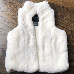 Faux fur vest size 5